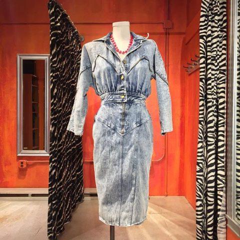 Vintage acid wash denim dress. Size 5/6. $36.