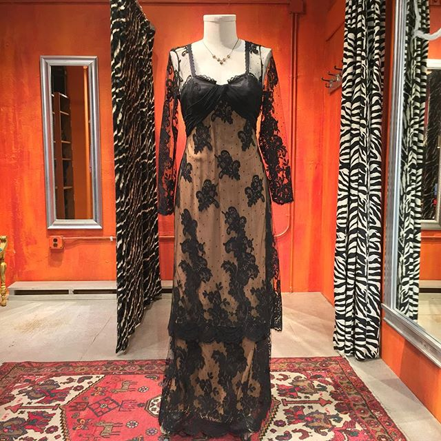 Pilar Rossi Couture mourning gown. Size 12. $59.